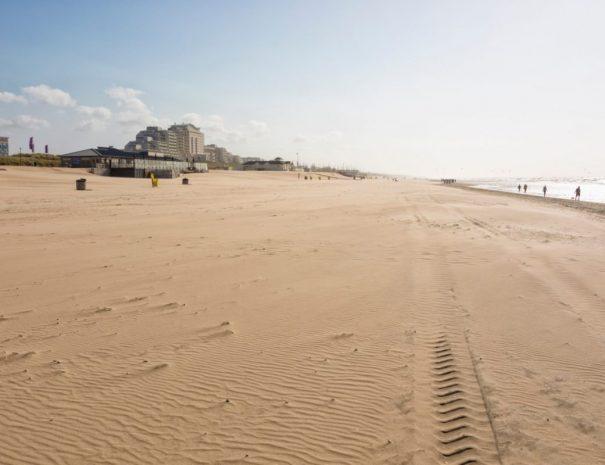 strand-noordwijk-1-e1581599266322